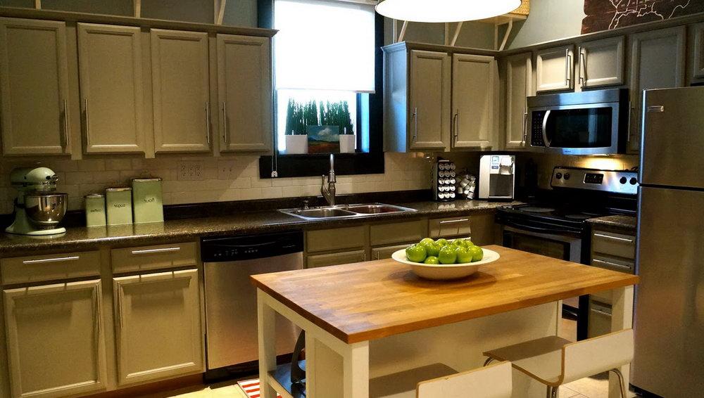 Chalk Paint On Kitchen Cabinets Tutorial