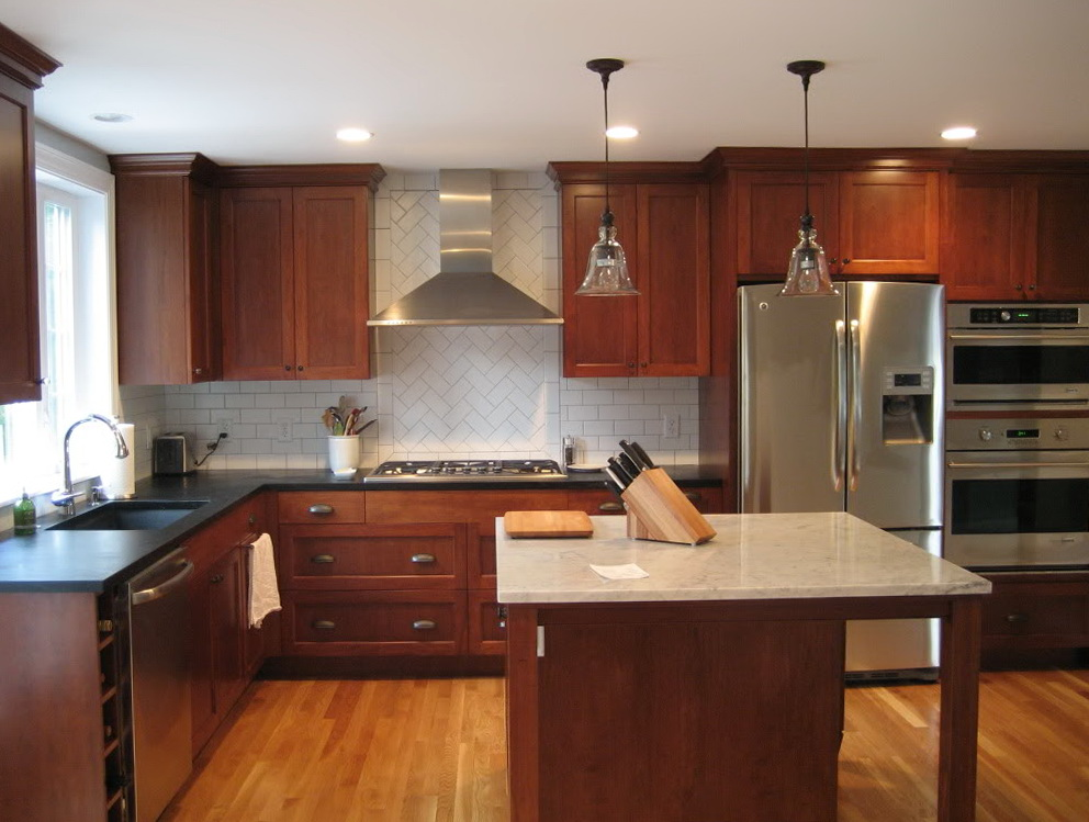 Cherry Wood Kitchen Cabinets With Granite