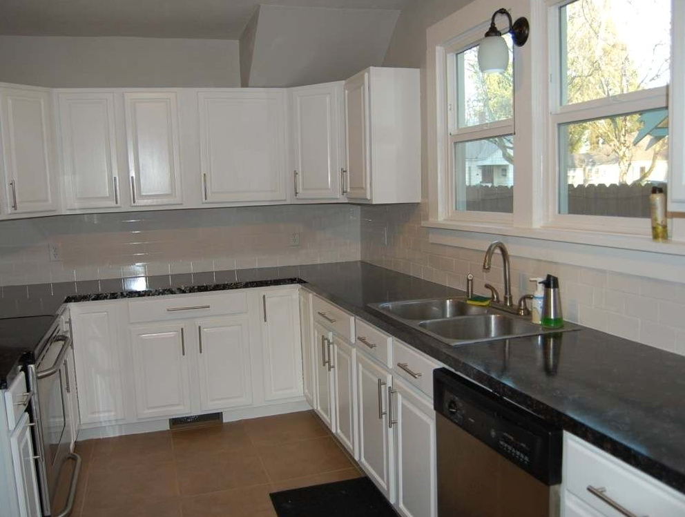Cost To Paint Kitchen Cabinets White