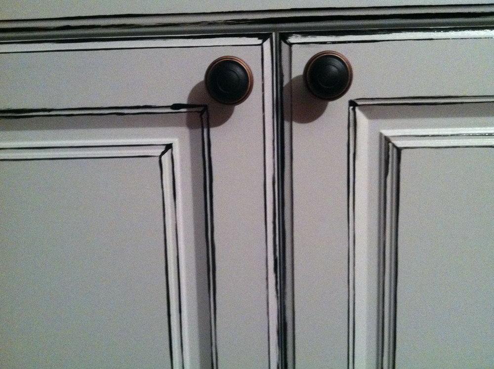 Distressed White Kitchen Cabinets Diy