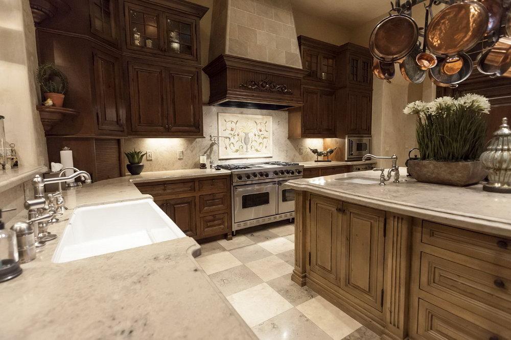 High End Kitchen Cabinets Brands