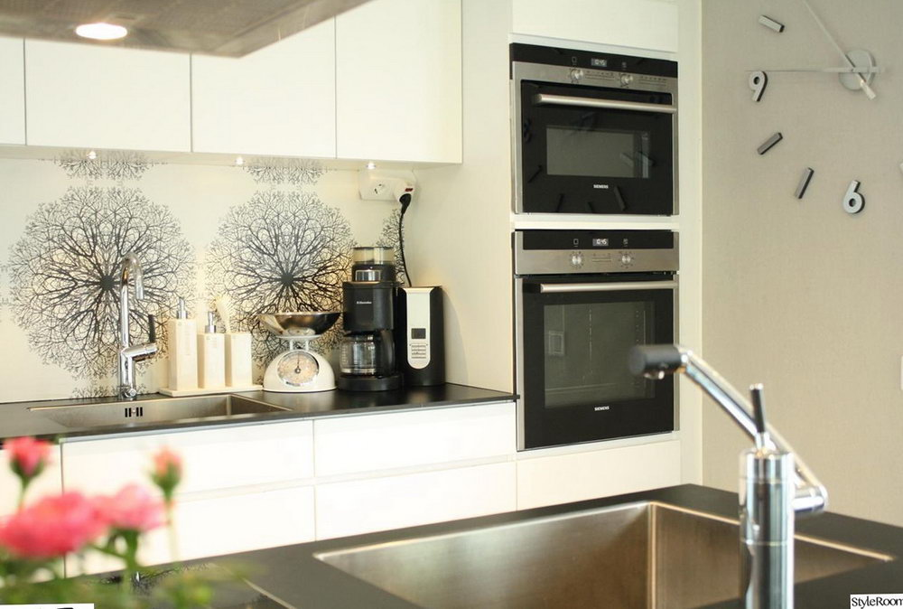 How To Decorate Above Kitchen Cabinets Contemporary