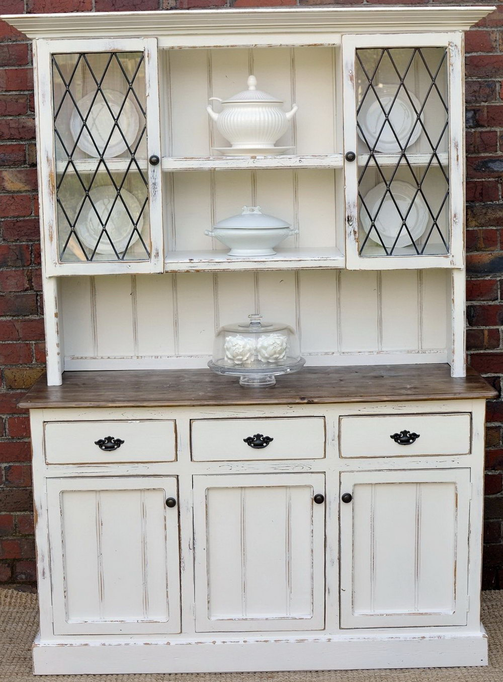 Kitchen Buffet Cabinet With Hutch