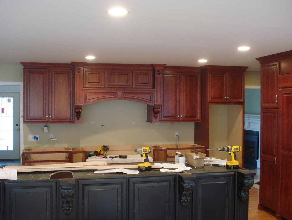 Kitchen Cabinet Crown Molding Installation