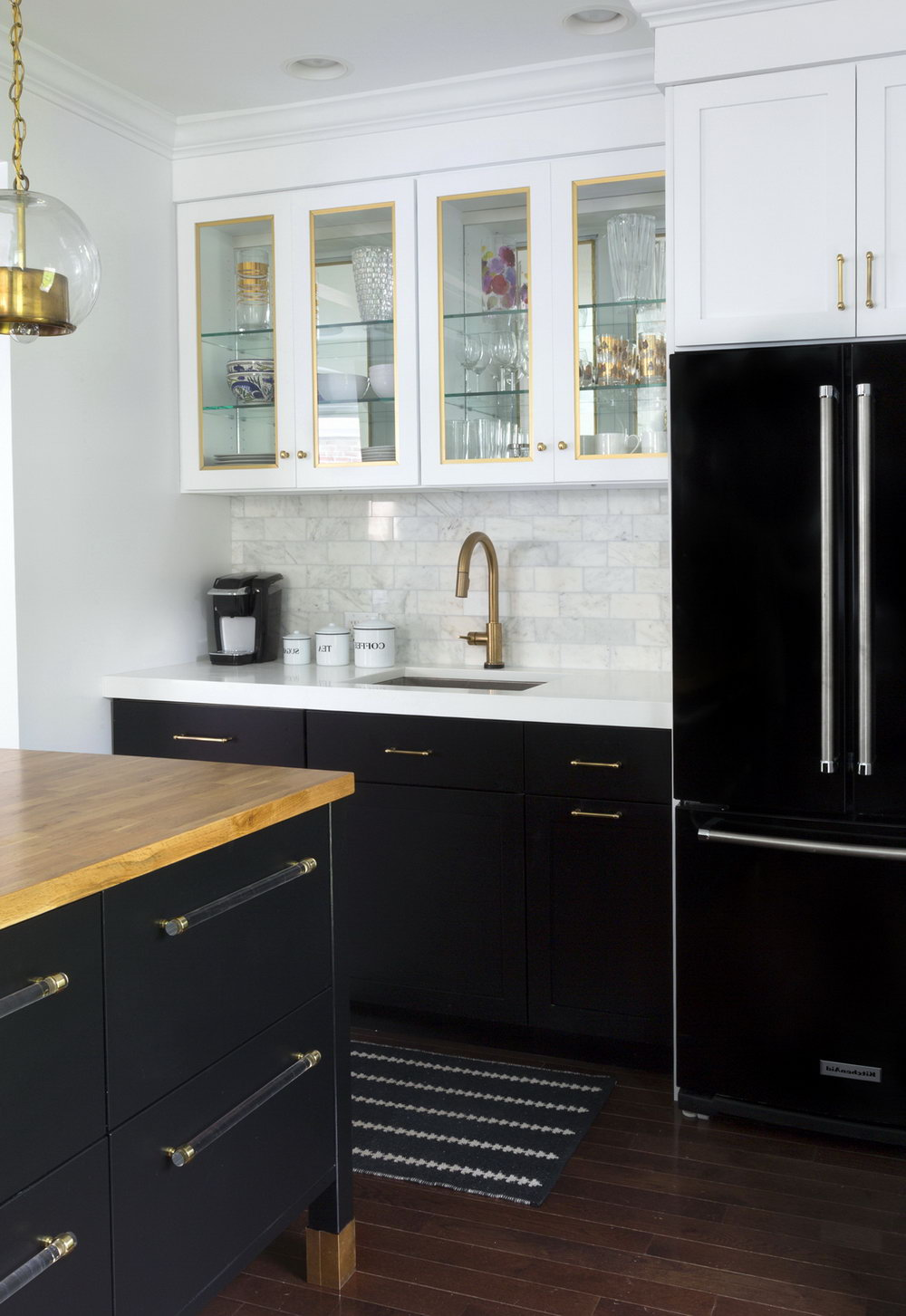 Kitchen Cabinets Black White