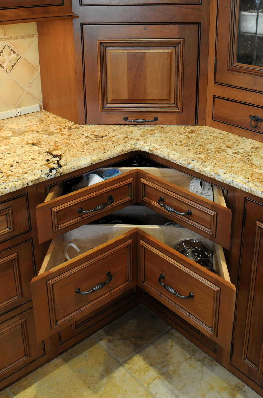 Kitchen Cabinets Corner Units