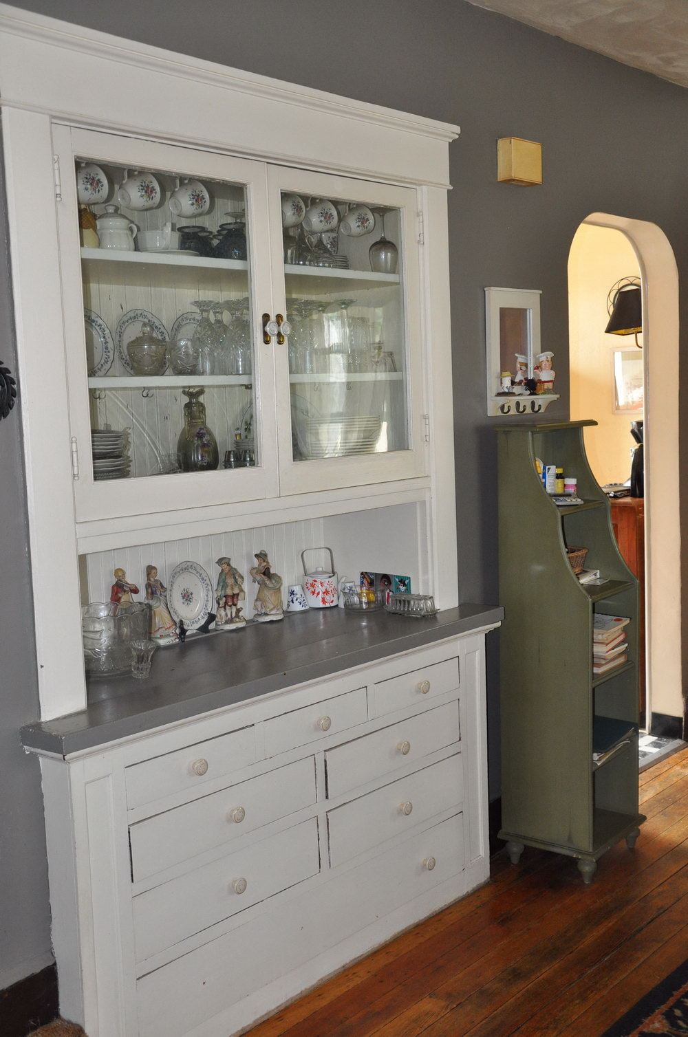 Kitchen China Cabinet Hutch