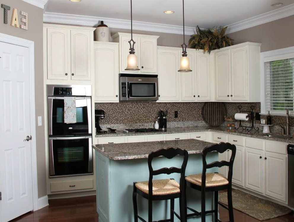 Kitchen Paint Colors With Off White Cabinets