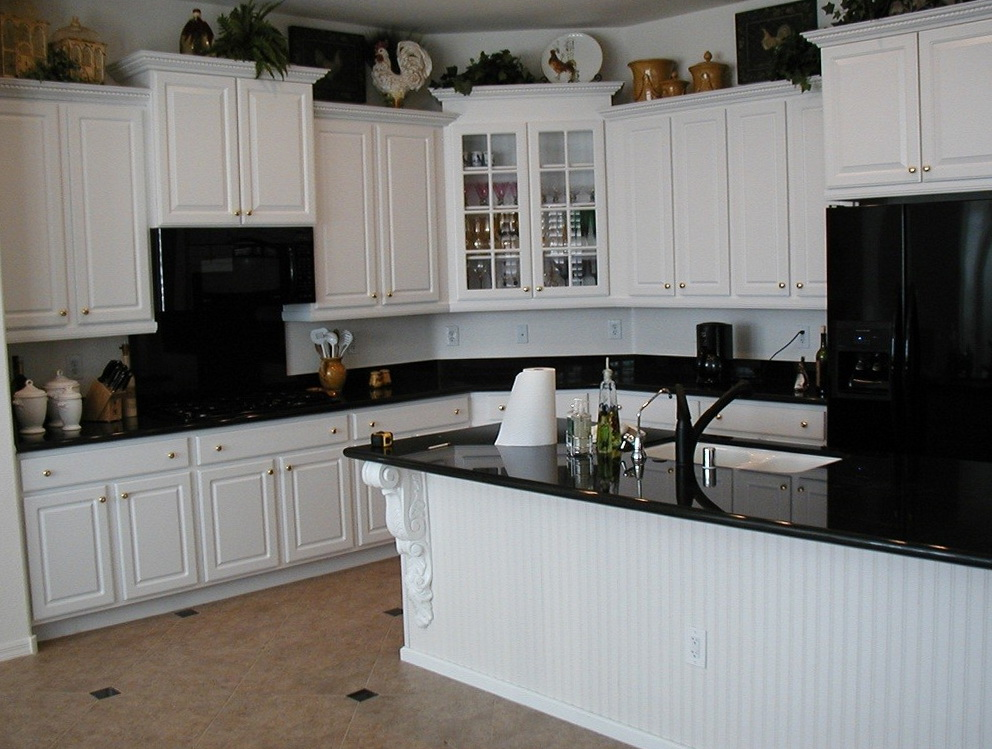 Kitchen White Cabinets Black Appliances