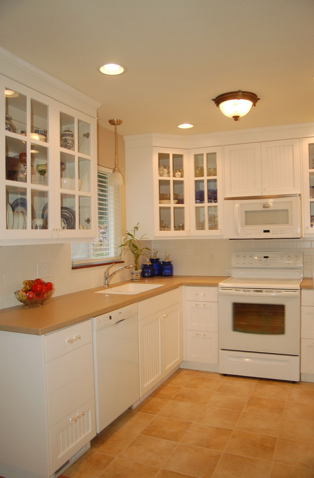 Light Colored Kitchen Cabinets