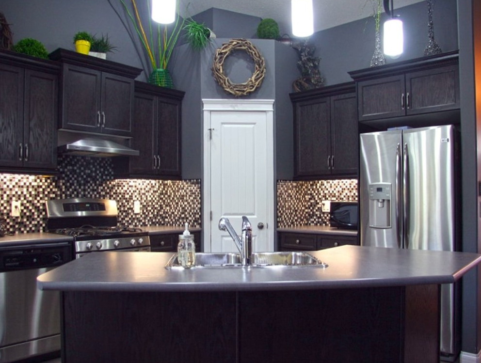 Light Gray Kitchen Cabinets With Dark Gray Walls