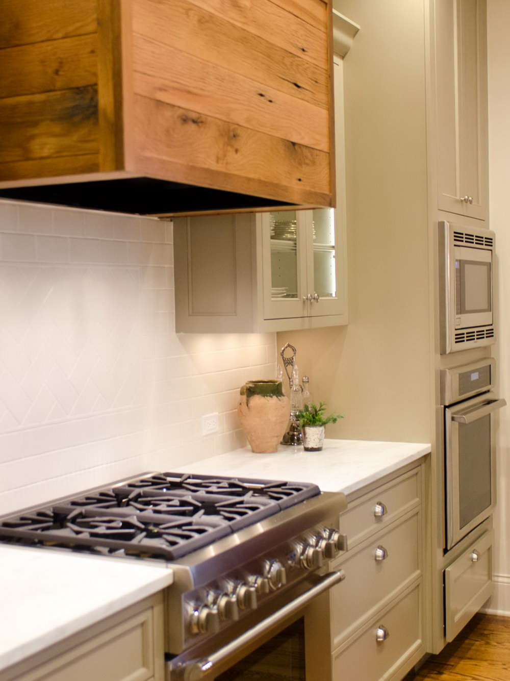 Modern Farmhouse Kitchen Cabinets