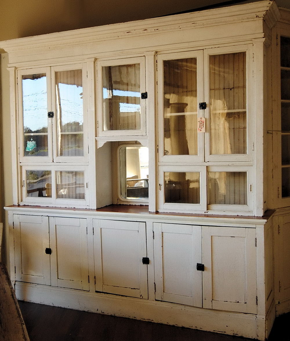 Old Farmhouse Kitchen Cabinets
