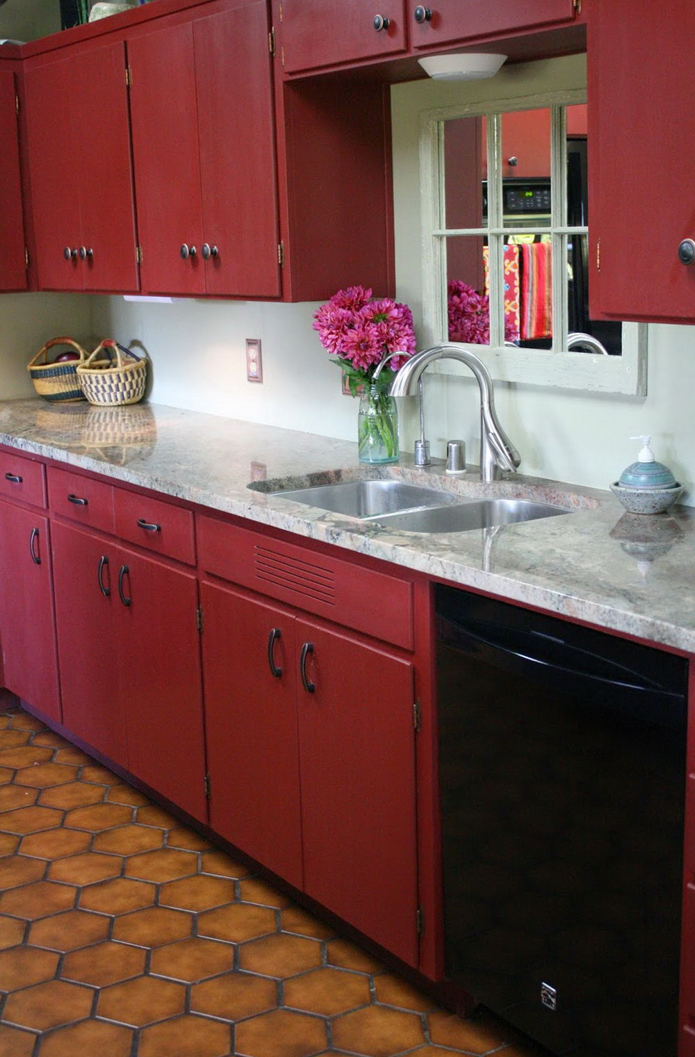 Pictures Of Chalk Painted Kitchen Cabinets