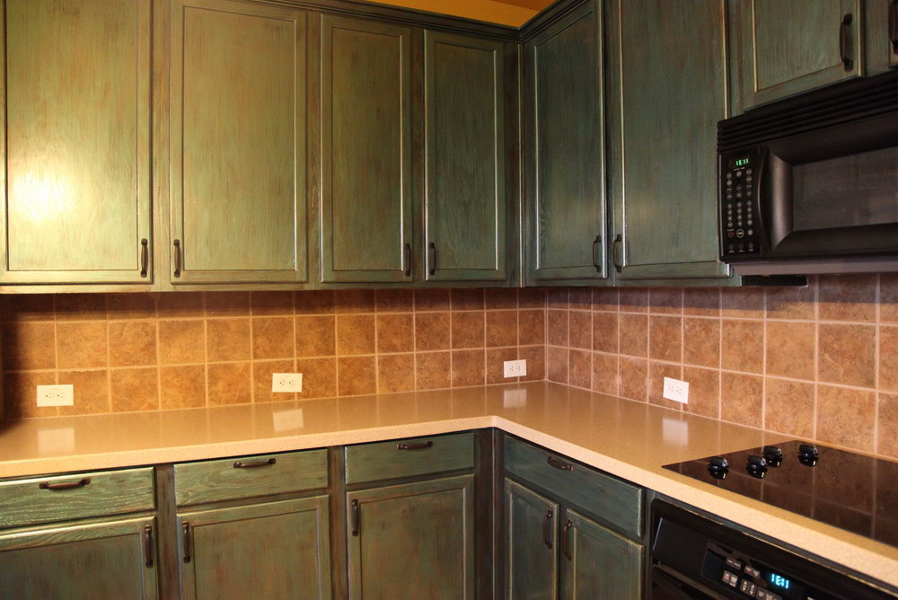 Pictures Of Kitchen Cabinets And Countertops