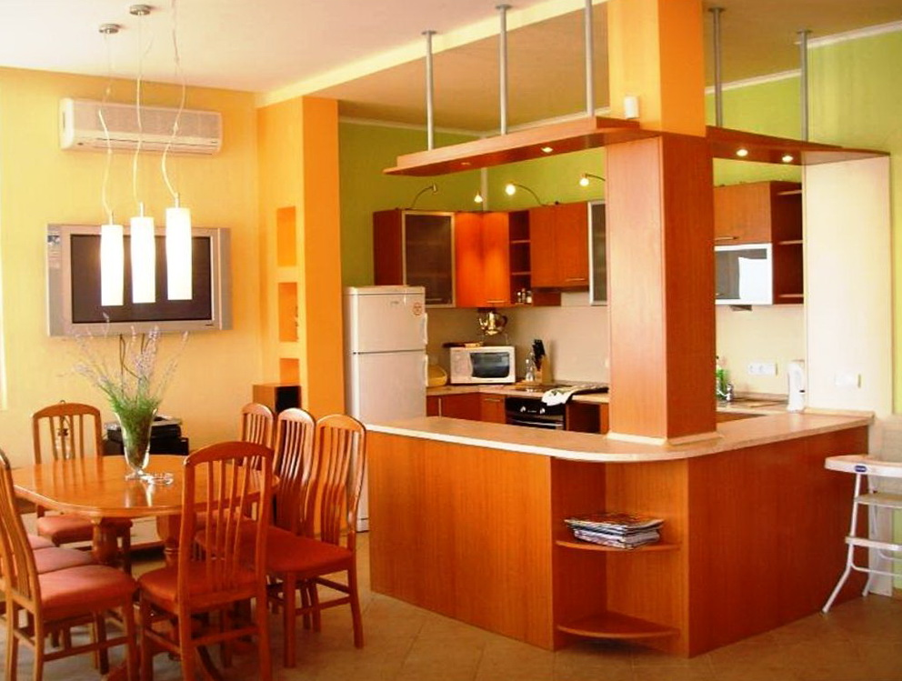 Popular Kitchen Colors With Oak Cabinets