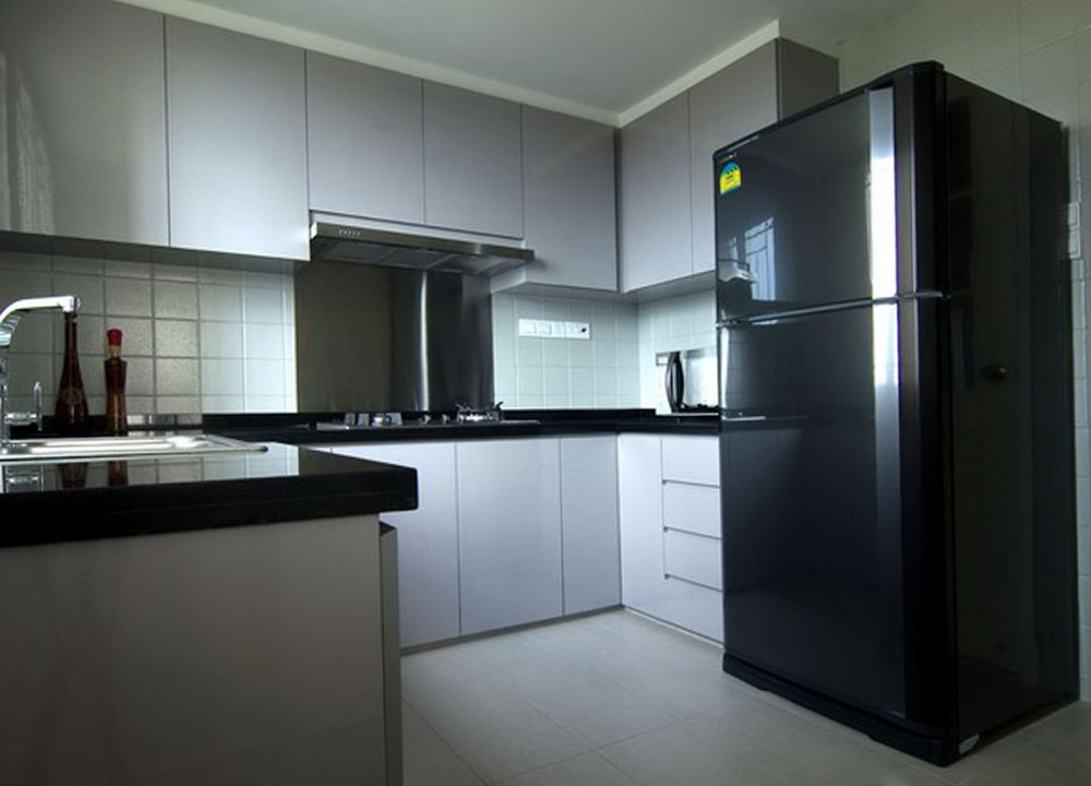 Small Kitchen Cabinets And Countertops