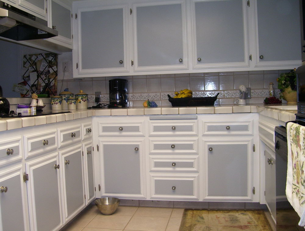 Two Tone Painted Kitchen Cabinet Ideas