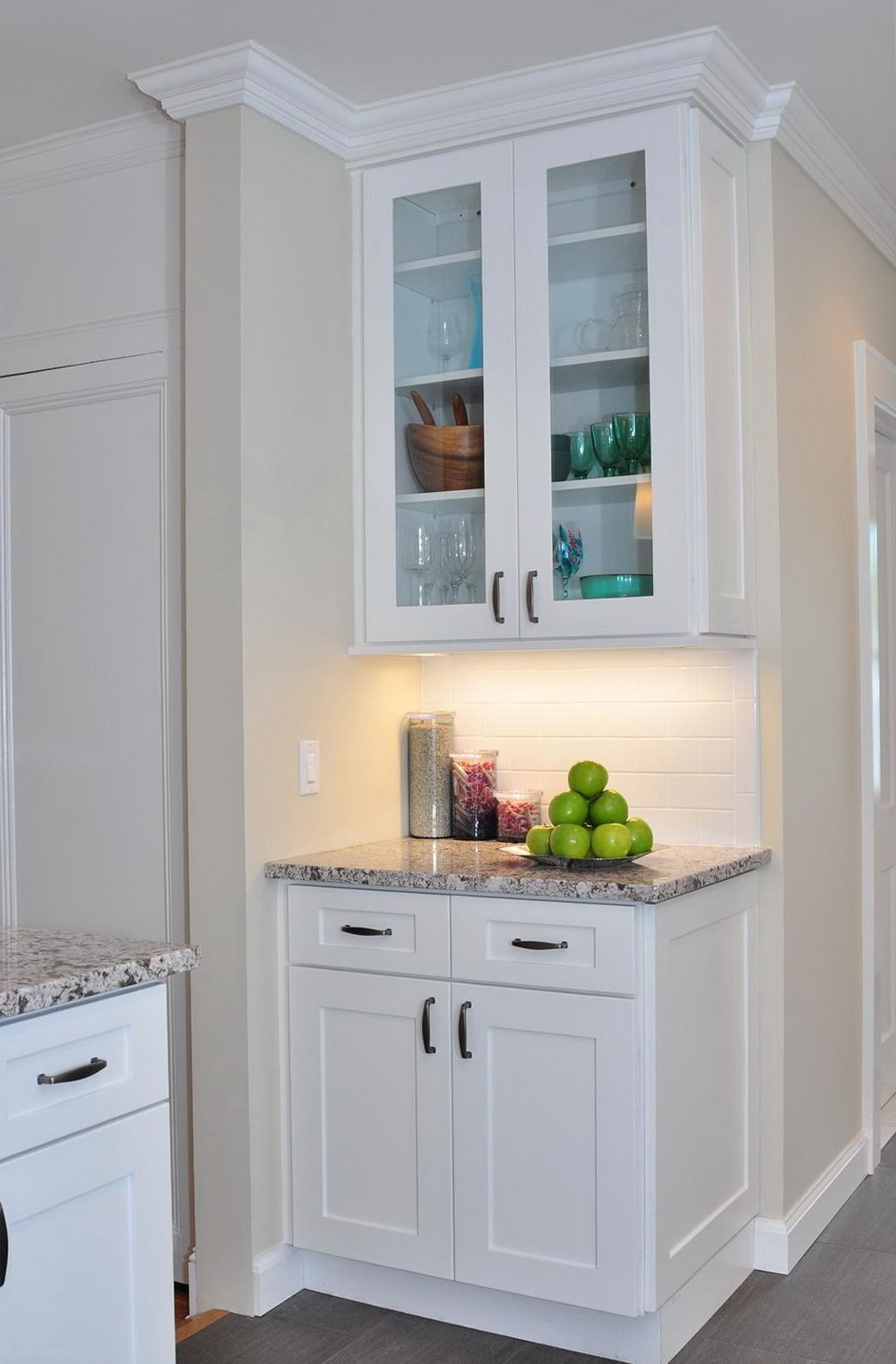White Cabinet Kitchens With Granite Countertops