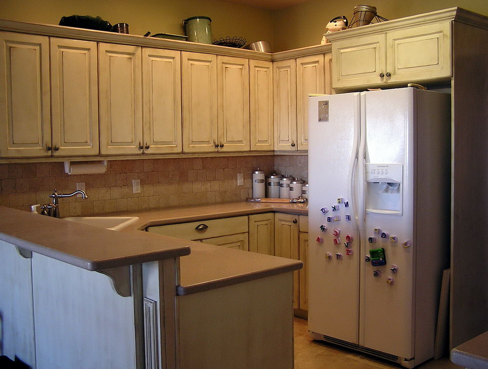 Antiquing Kitchen Cabinets With Chalk Paint