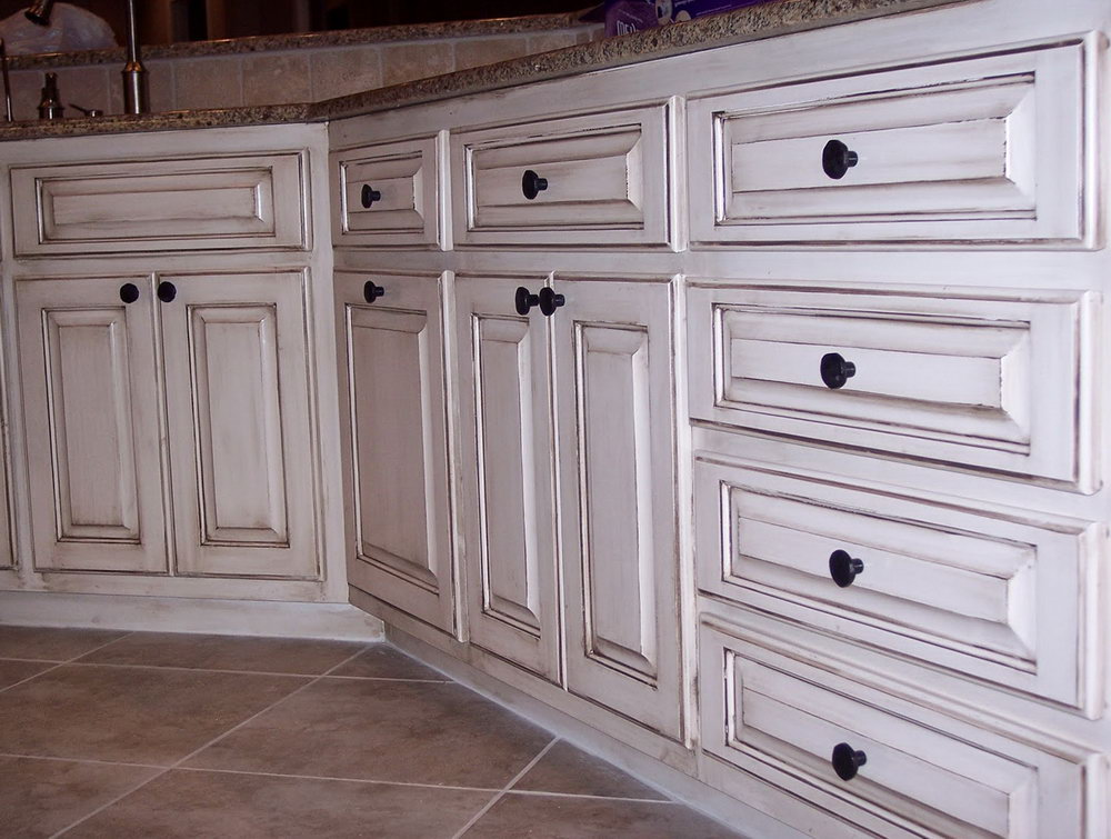 Antiquing Kitchen Cabinets With Paint