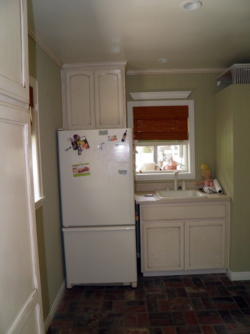 Antiquing Kitchen Cabinets With Stain