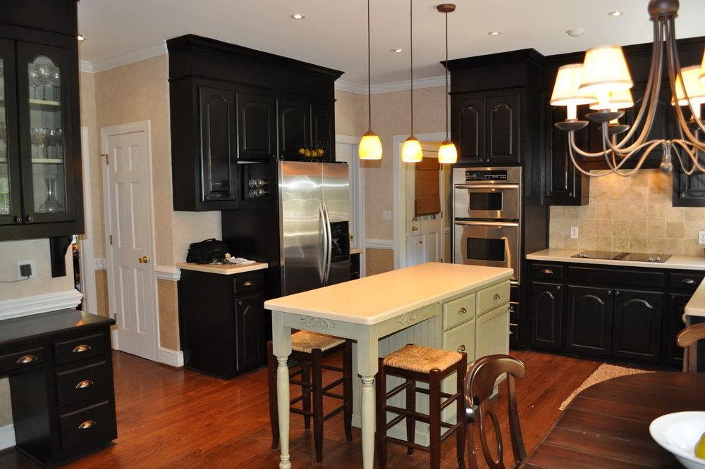 Black Lacquer Kitchen Cabinets