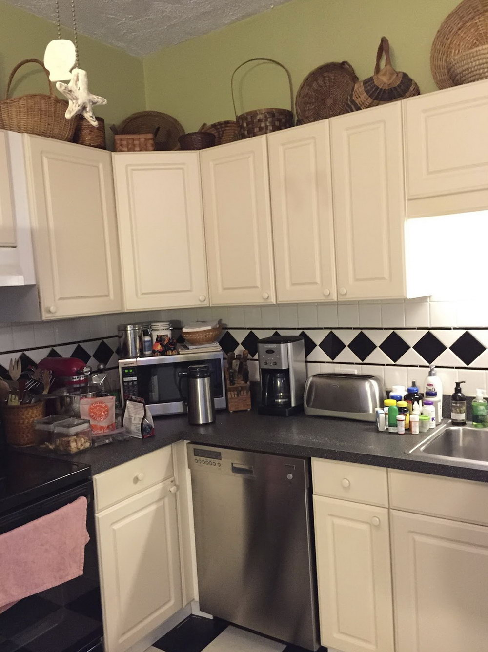 Can You Paint Laminate Kitchen Cabinets