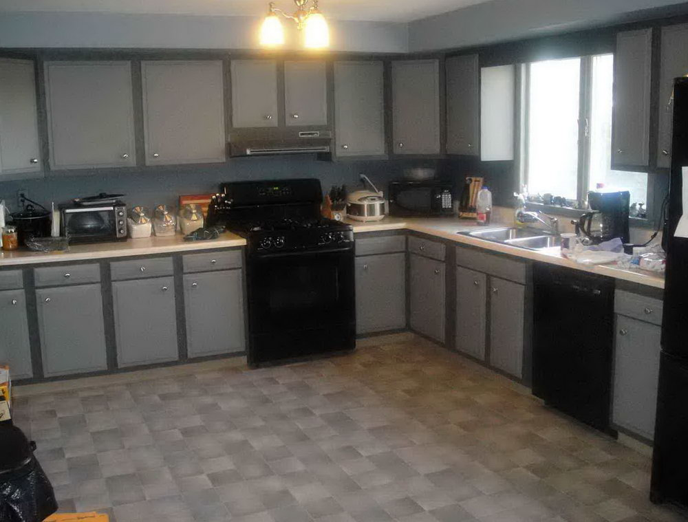 Dark Grey Kitchen Cabinets With Backsplash