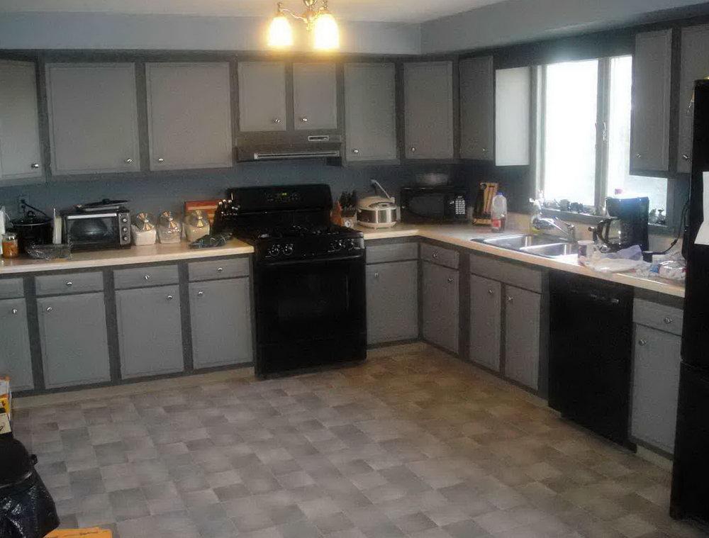 Dark Grey Kitchen Cabinets With Backsplash