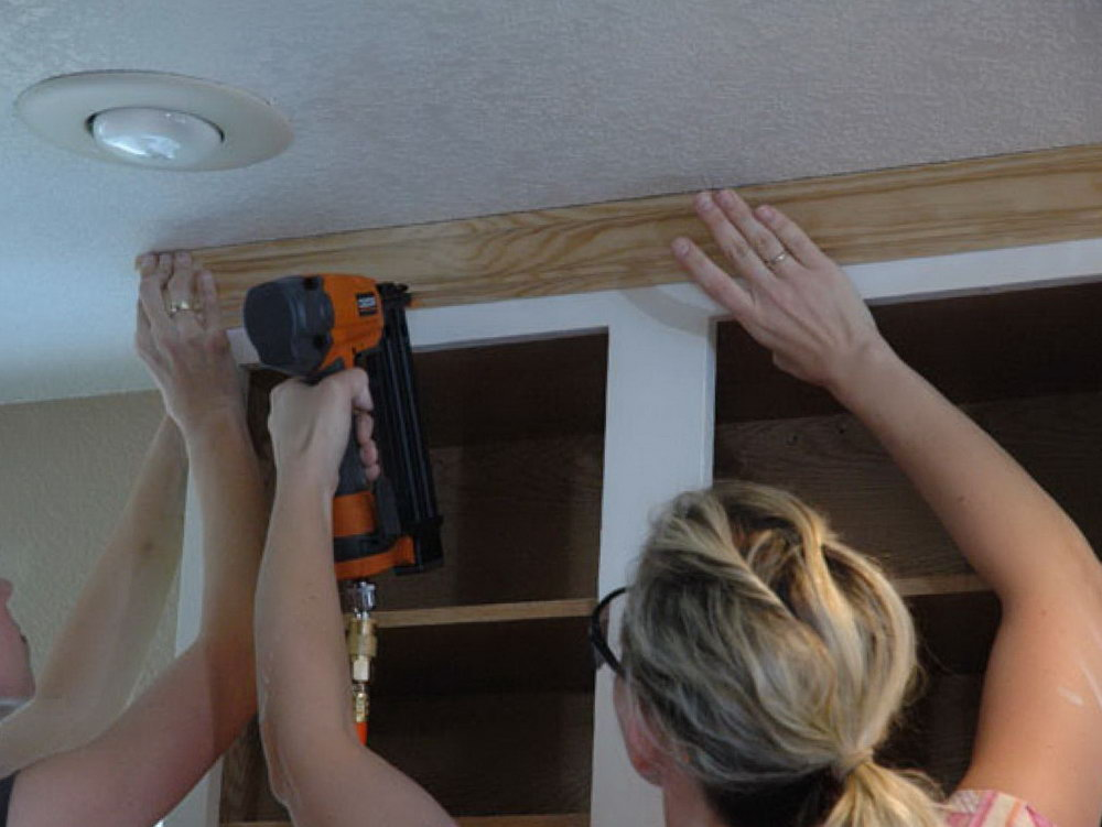 How To Install Crown Molding On Kitchen Cabinets Video