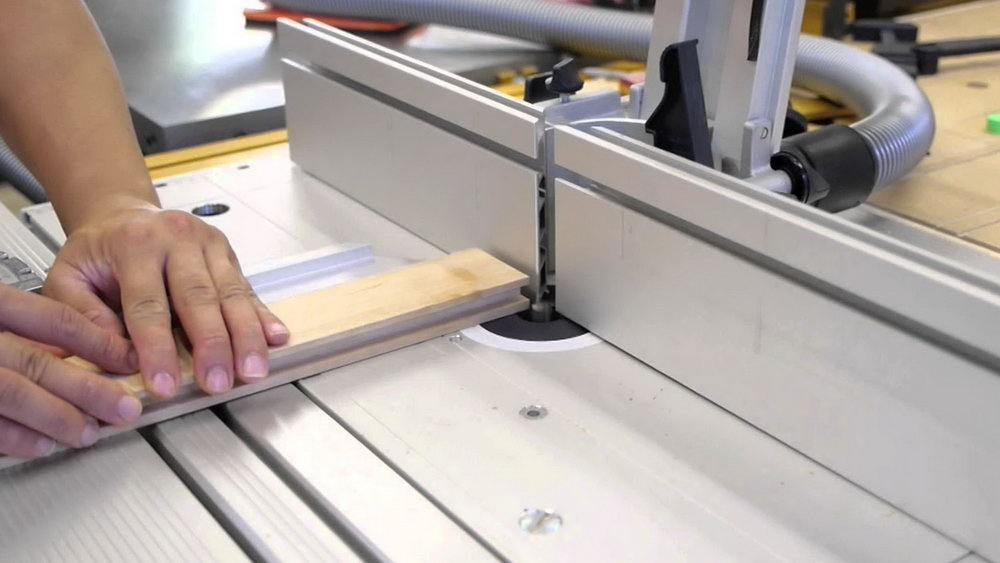 How To Make Kitchen Cabinet Doors With A Router