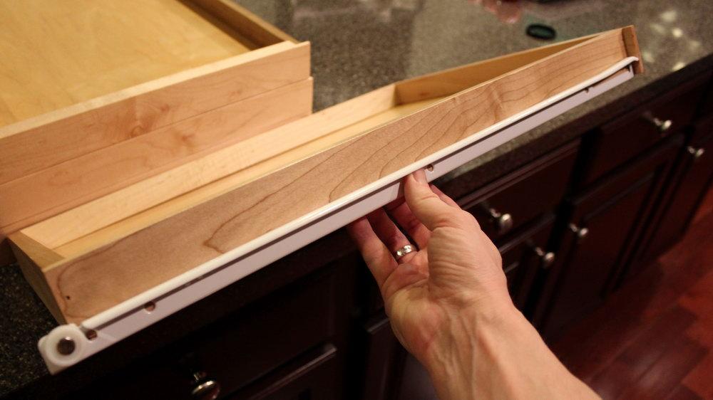 Kitchen Cabinet Drawer Glides Self Closing