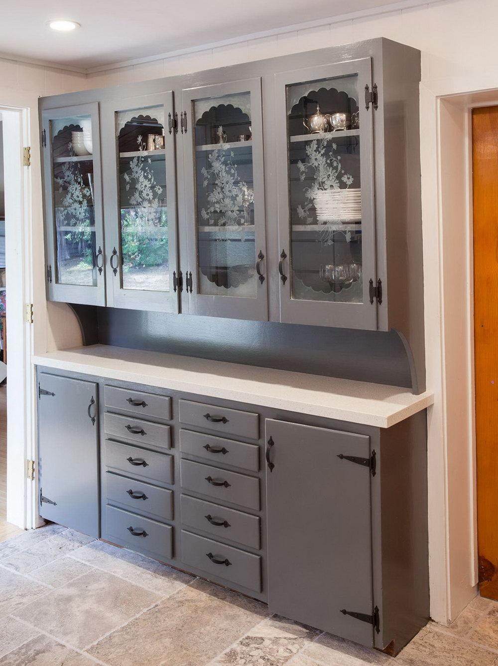 Kitchen Cabinet Glass Backing