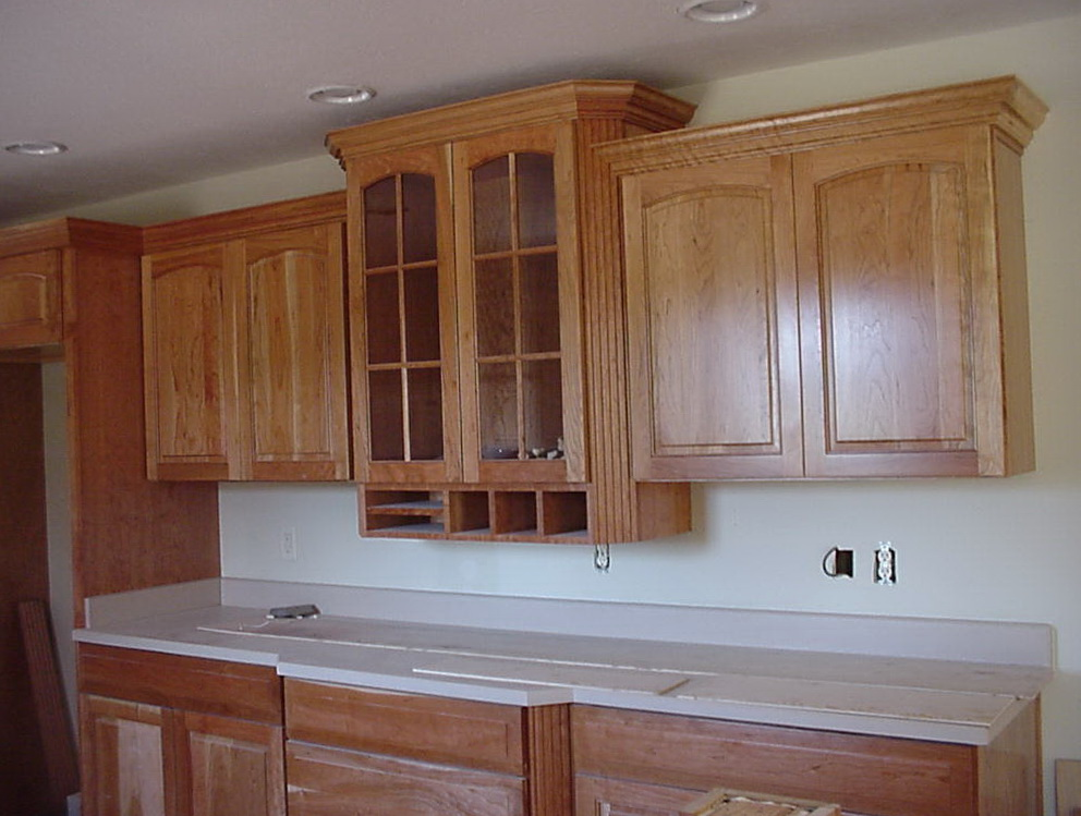 Kitchen Cabinets Crown Molding To Ceiling