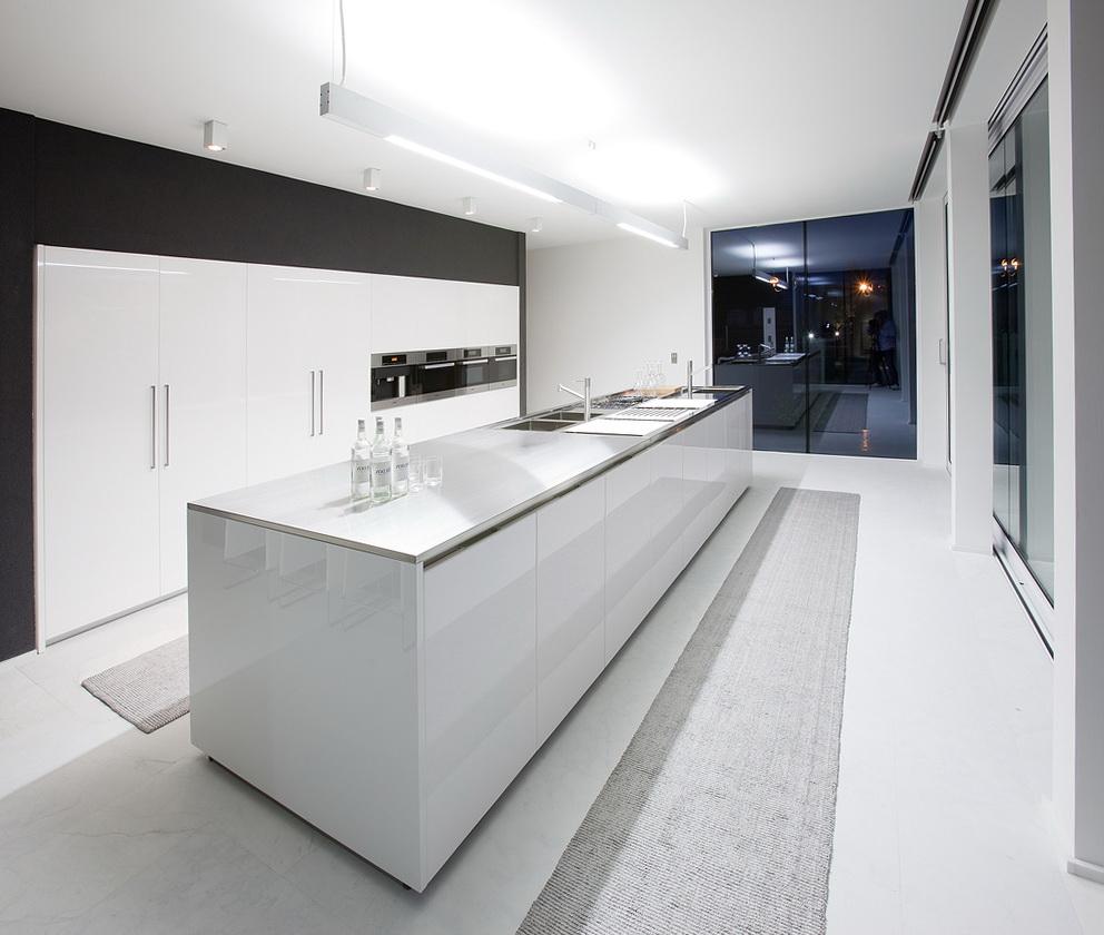 Kitchen Cabinets Modern White
