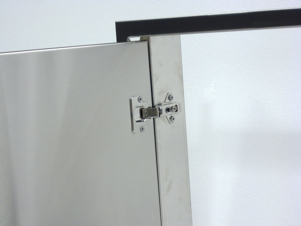 Kitchen Cabinets With Visible Hinges