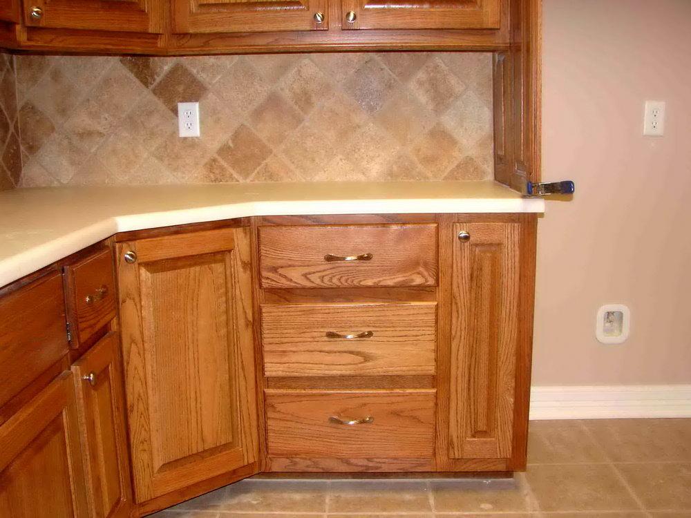 Kitchen Corner Cabinets Options