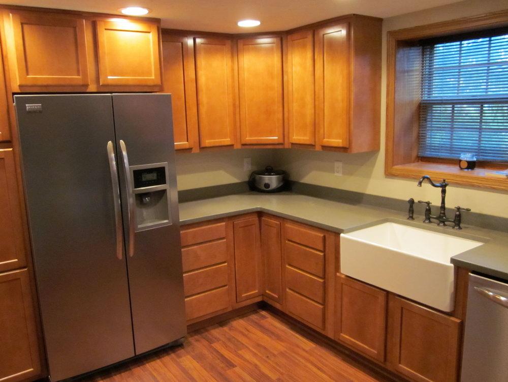 Kitchen Kompact Glenwood Cabinets