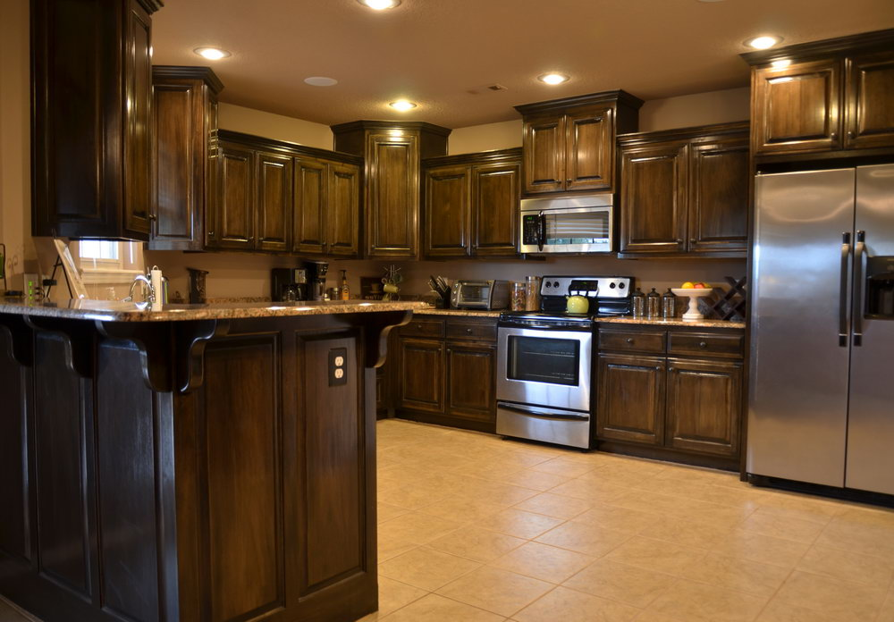 Kitchen Wall Colors With Light Brown Cabinets