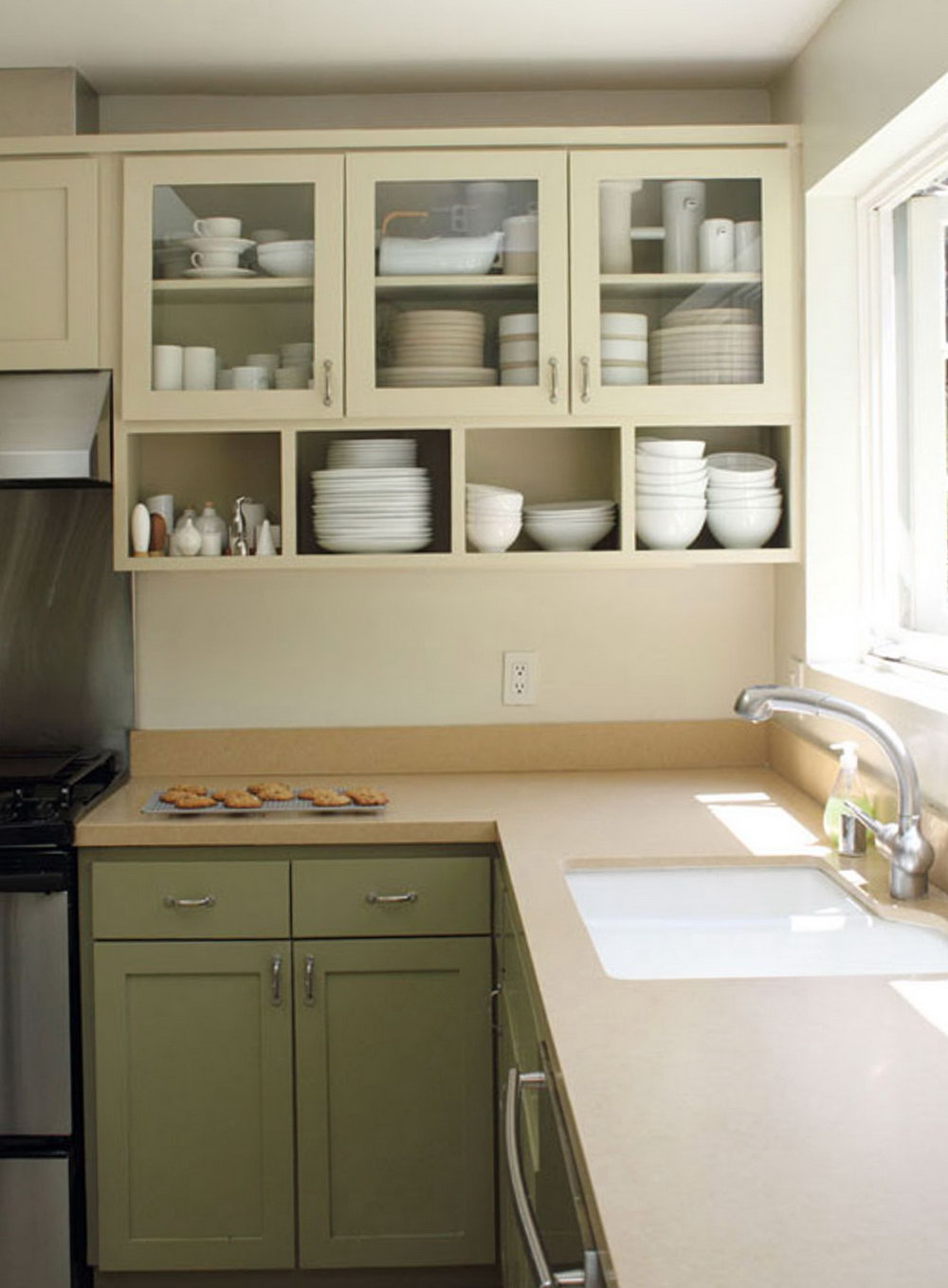 Kitchen With No Bottom Cabinets