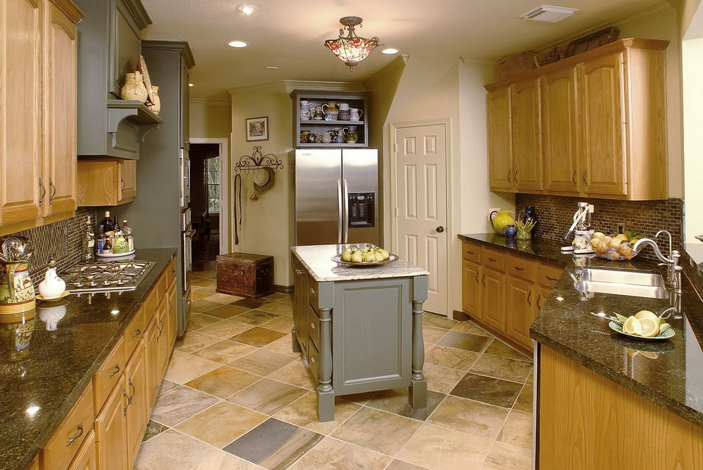 Kitchens With Oak Cabinets And Tile Floors