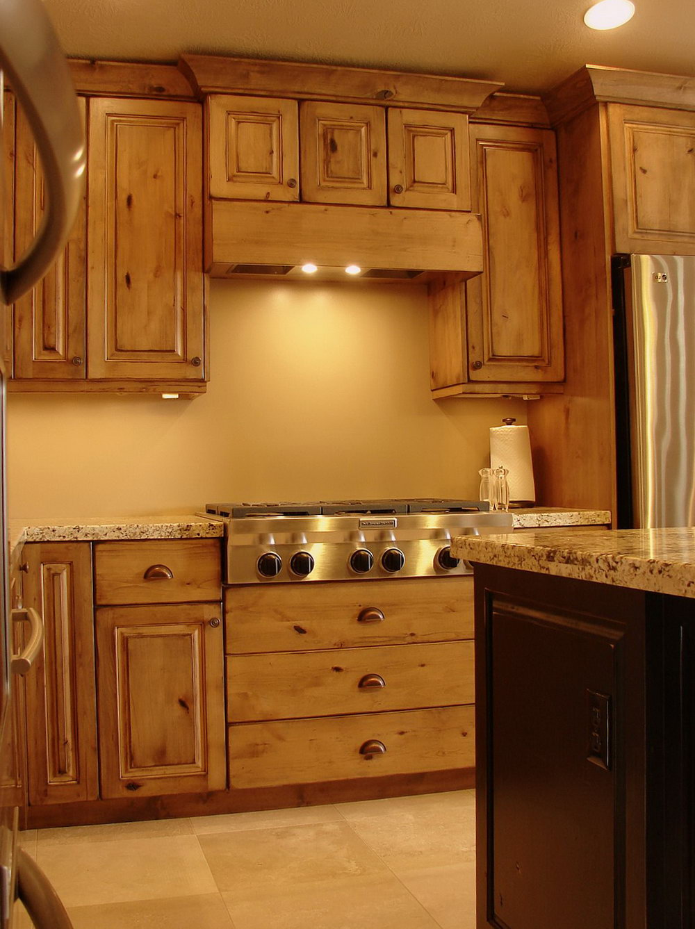 Knotty Alder Kitchen Cabinets Pictures