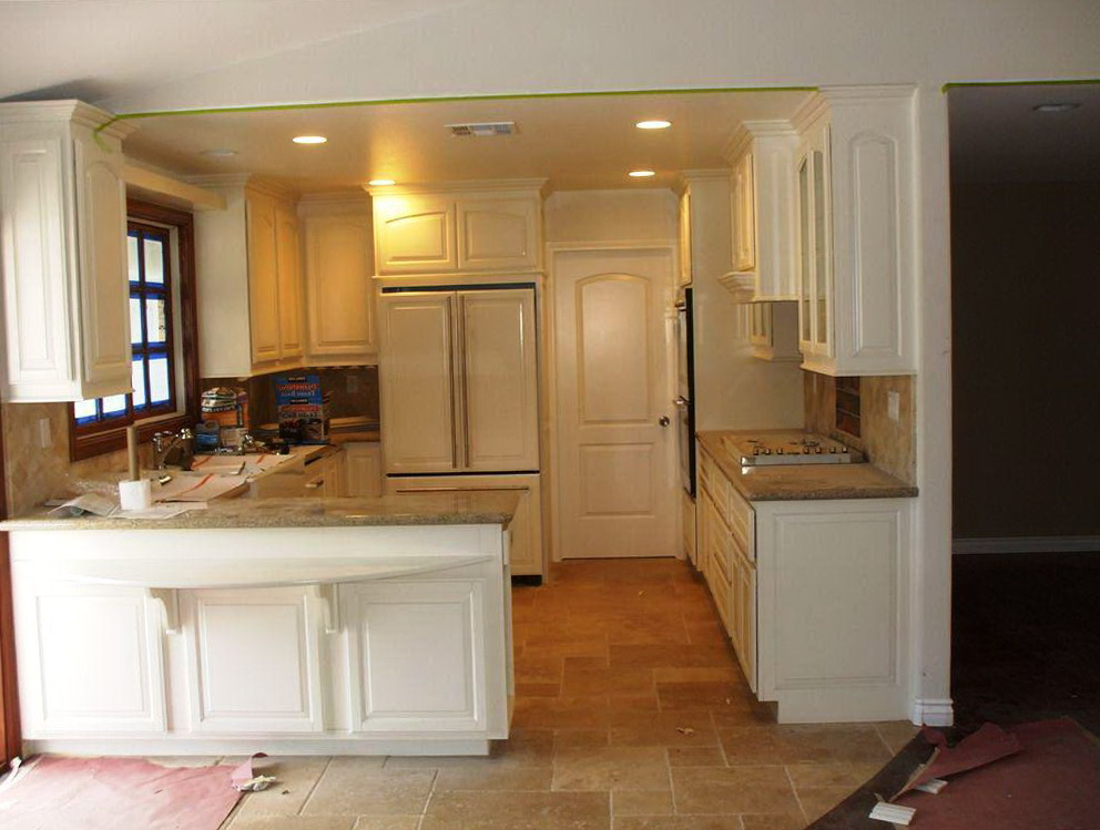 Lowes White Kitchen Cabinets In Stock