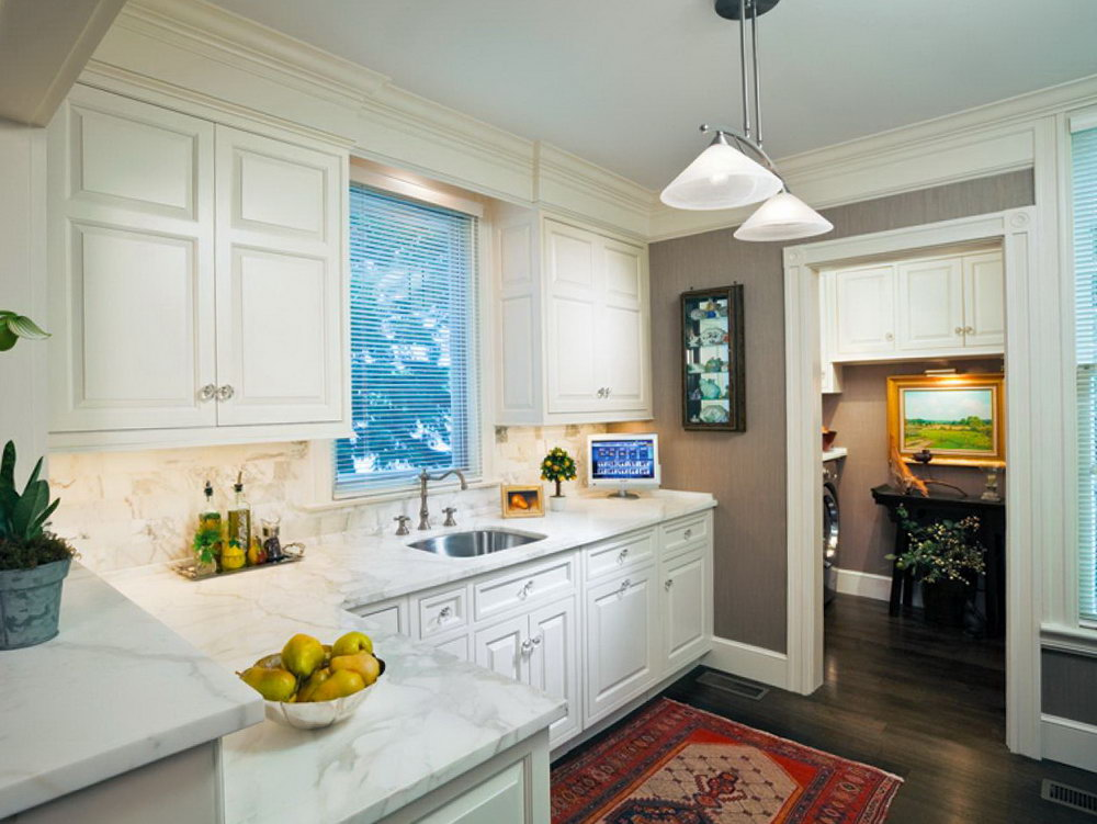 Luxury White Kitchen Cabinets