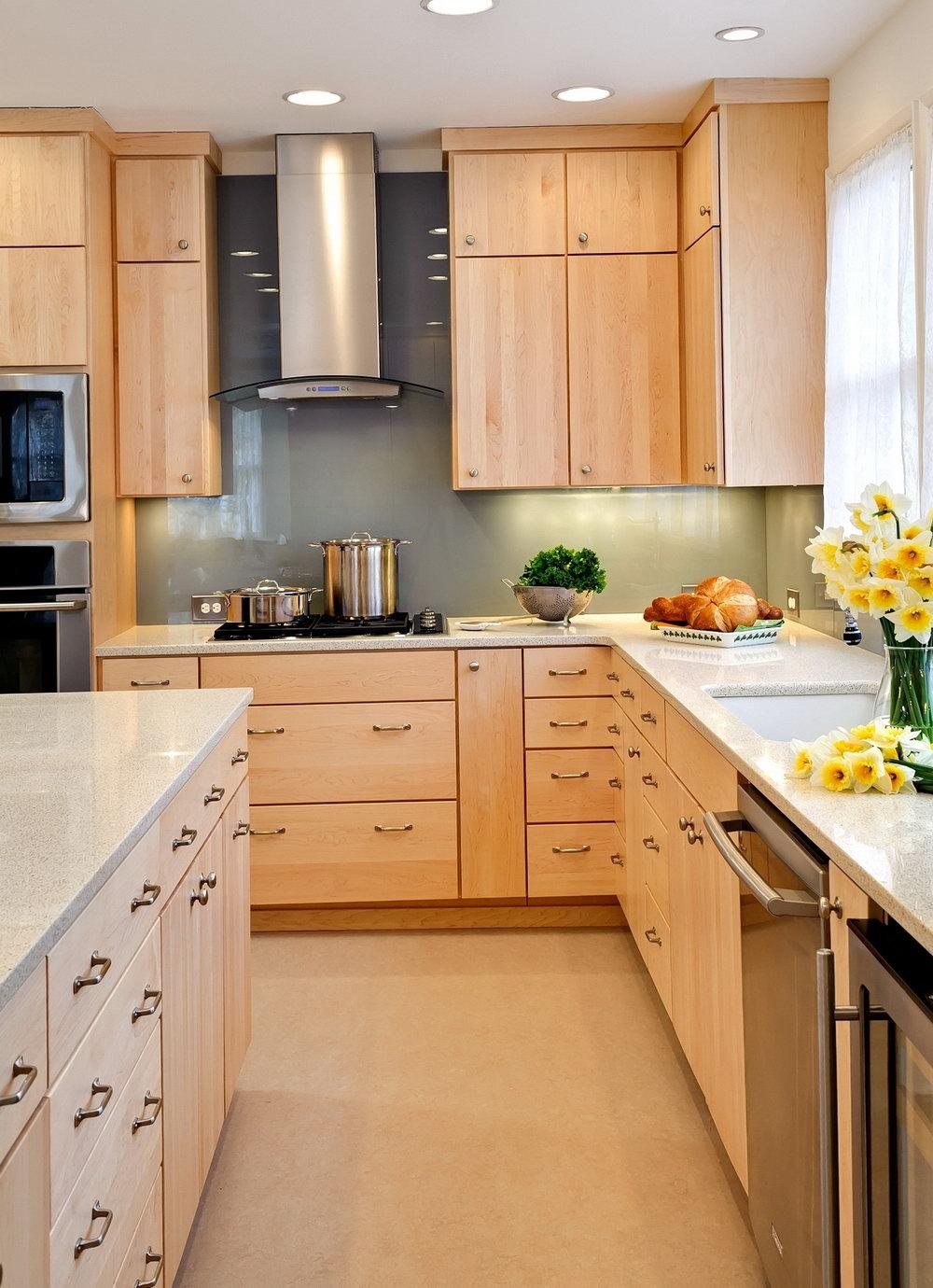 Natural Maple Kitchen Cabinets Granite
