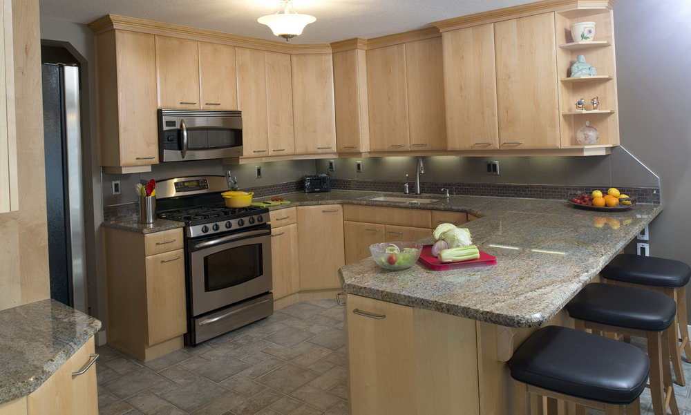 Natural Maple Kitchen Cabinets Wall Color