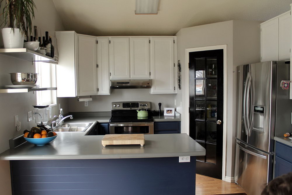 Navy And White Kitchen Cabinets