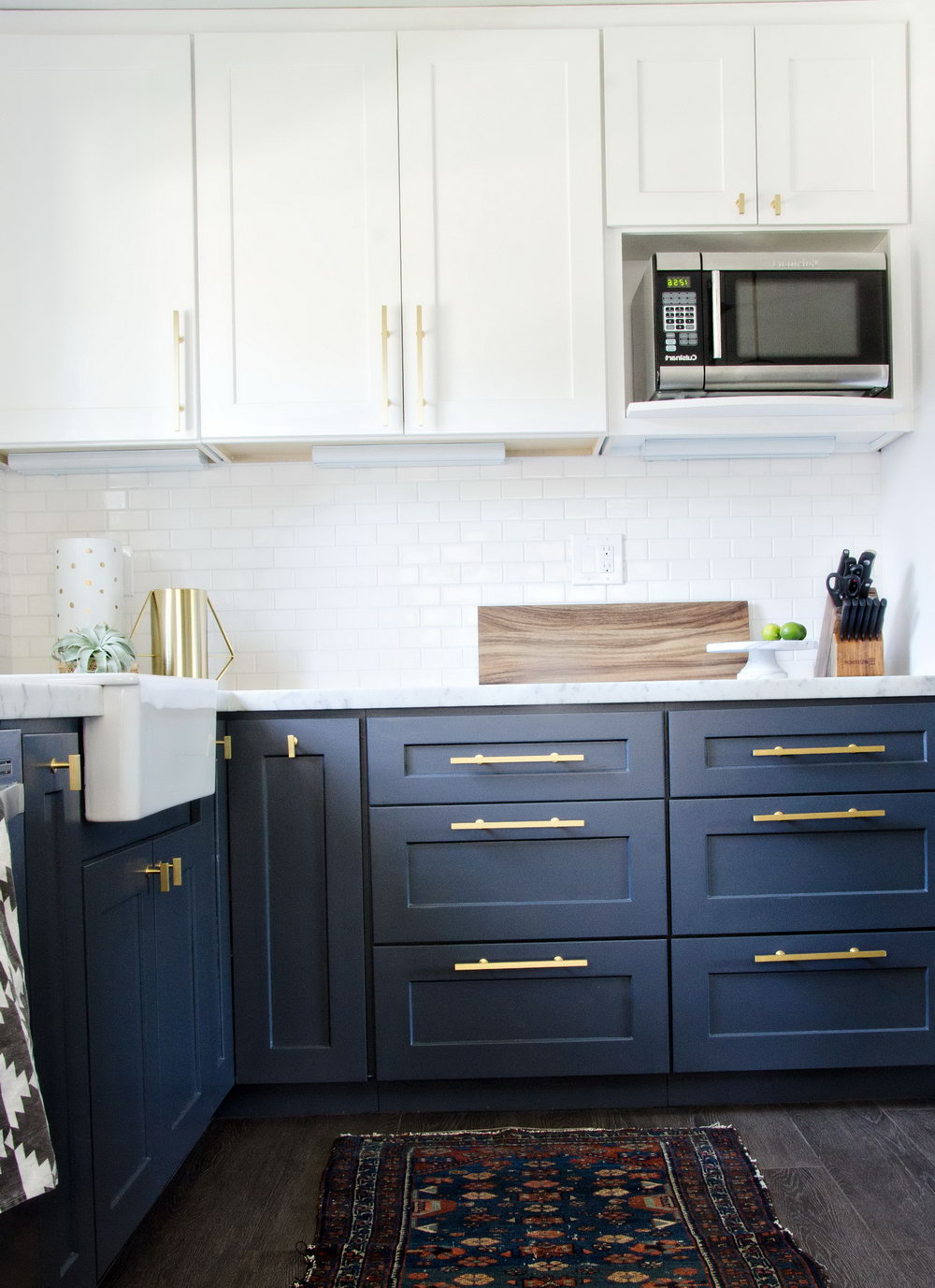 Navy Kitchen Cabinets With Gold Hardware
