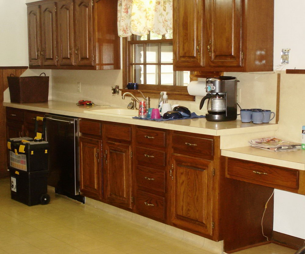 Painting Laminate Kitchen Cabinets With Wood Trim